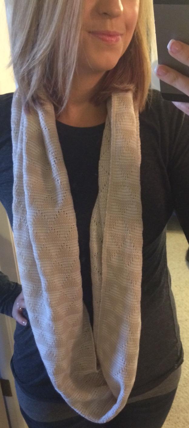 Stitch Fix 41Hawthorn Liandra Geo Knit Infinity Scarf Monika Wearing